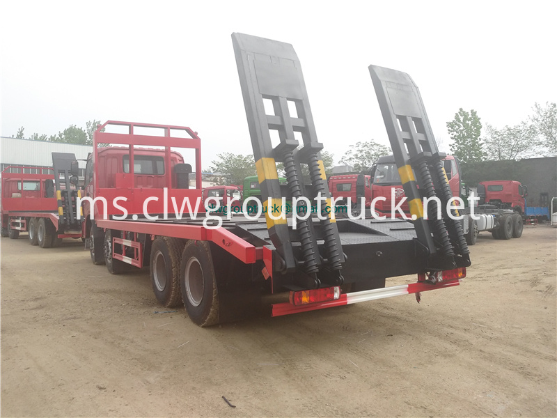 Low Bed Truck 2