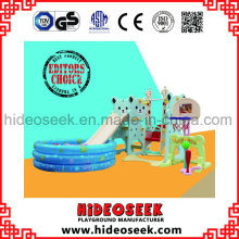Glissière intérieure en plastique qui respecte l'environnement et balançoire avec la fosse de boule