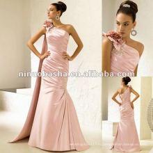 Высокий и асимметричный вырез с одной лямкой и корсаж цветок, усыпанные Диамант свадебное платье