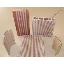 PP / PE Holz Kunststoffplatte Profilfertigungslinie