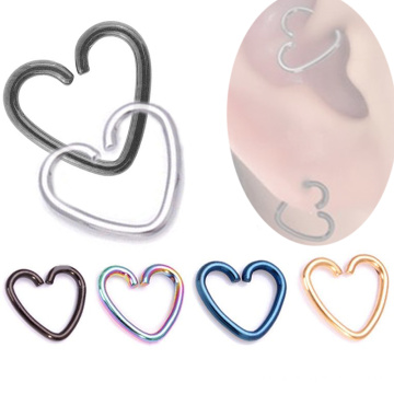 Oreille de coeur simple à la mode Daith Tragus Cartilage boucle d'oreille Titanium Piercing Ring