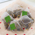 Pirámide de bolsitas de té con sabor