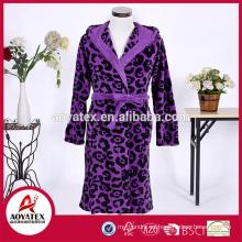 Albornoz de lana estampado de leopardo de lana de camisón caliente barato adultos