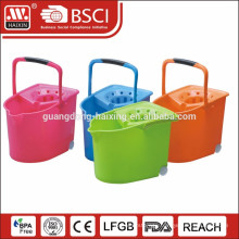 plastic mop bucket with wheels 20L