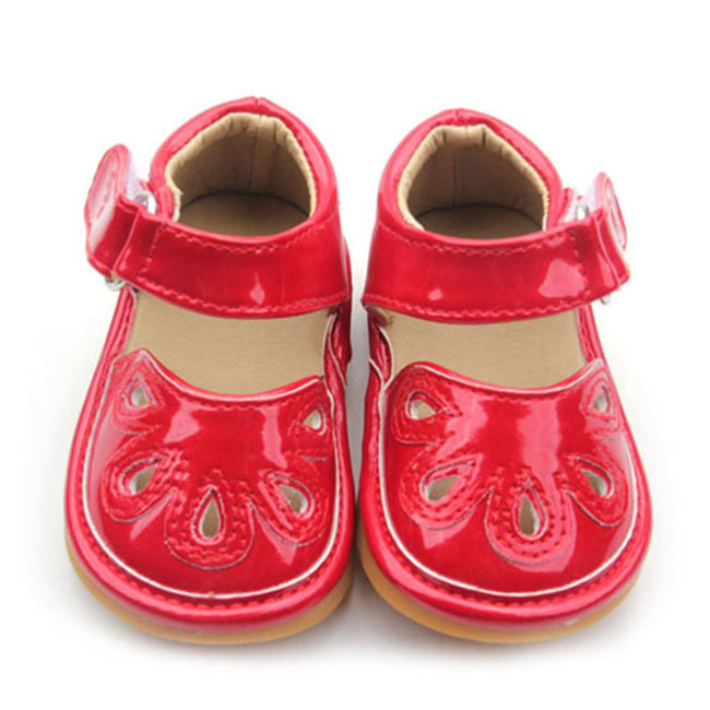 Baby Squeaky Shoes