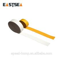 Cinta de señalización de carretera de polímero reflectante blanca y amarilla de 4 metros