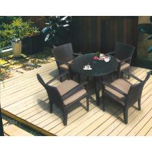 Jardim de jantar conjunto de móveis de vime ao ar livre