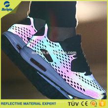 Zapatos reflectantes de malla de colores vivos