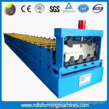 Máquina para fabricar rollos de cubierta de metal en piso de acero