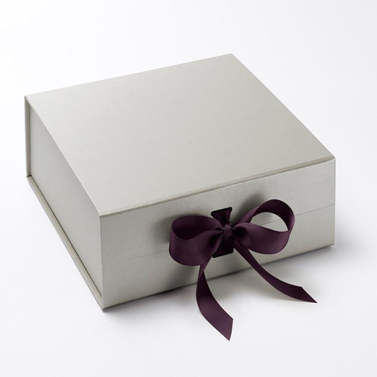 Flip Top Box