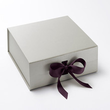Custom Flip Top Gift Packaging Box