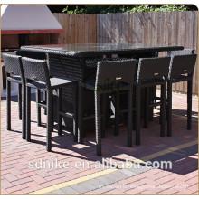 Stühle und Tische für Stab benutzt