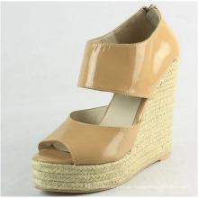 2016 sandálias das senhoras da cunha da forma (HCY02-565)