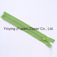 Hot Sales 5# Basic Style Plastic Zipper for Garments
