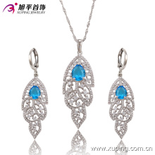Lámparas de lujo de rodio CZ Diamond Fashion Imitation Jewelry Set 63682