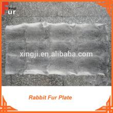 Piel de conejo, placa de piel de color gris natural