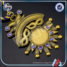 Medalha em branco 3D do cristal do ouro