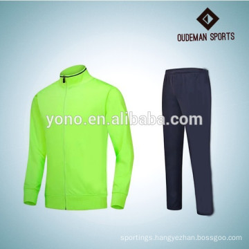 OEM Custom top design Sport Tracksuit For Men