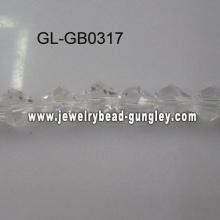 Cone de cristal branco frisado