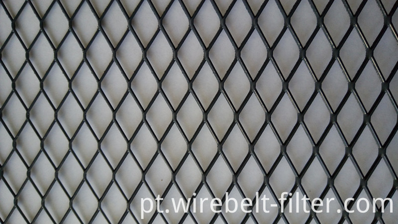Epoxy coated expanded mesh