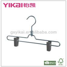 Saia de alumínio / cabide de calças com clipes de plástico e gancho giratório