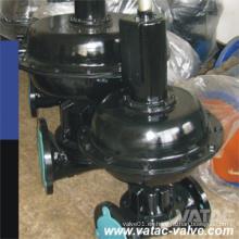 Vista frontal de la válvula de diafragma Pn10 y Pn16, de hierro fundido, accionada neumáticamente y con volante plano con bridas