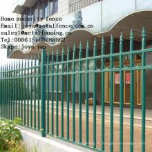 Puerta de valla de hierro forjado