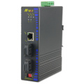 Switch Fast Ethernet industriale con 2 porte in fibra ottica