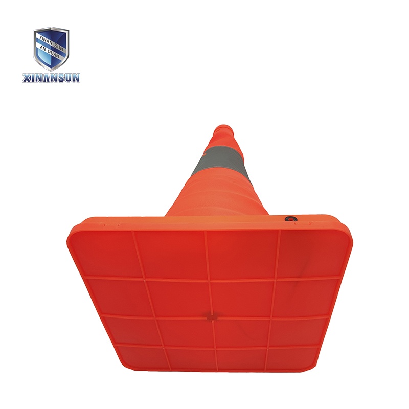 portable telescopic road cone