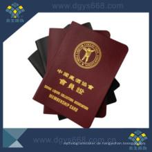 Anti-Counterfeiting-Mitgliedschafts-Zertifikat, das im Buch druckt