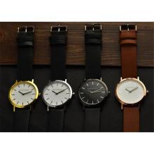 Yxl-671 Australian New Trend Design Horse Custom Watch Stainless Steel Case Back Watch