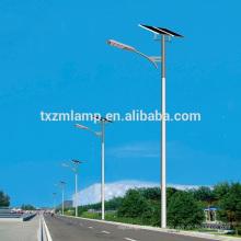 le nouveau venu a mené le réverbère mené solaire d'économie d'énergie de YANGZHOU / avec le poteau de réverbère d'énergie solaire d'énergie