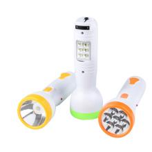 Linterna recargable del LED y lámpara de escritorio