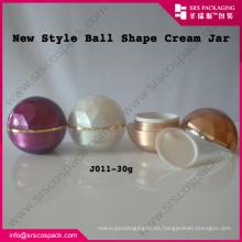 Venta al por mayor de China Empaquetado cosméticos 15ml 30ml 50ml bola forma de plástico crema jarra, Peal Cosmetic Jar