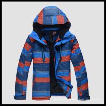 manteau de ski coloré à la plume