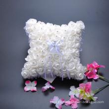 Fiesta de boda florece la decoración almohadilla pura del portador de anillo nupcial