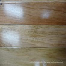 Revêtement de sol en bois massif de couleur naturelle Blackbutt