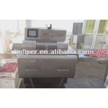 Máquina cortadora de salsicha cozida