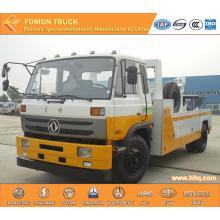 Dongfeng 4x2 emergency wrecker crane truck