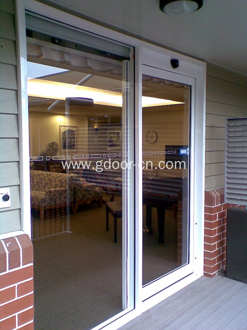 Automatic Sliding Doors with Glasses