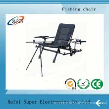 Tragbarer leichter faltender Fischen-Stuhl, der mit Becherhalter kampiert