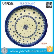 Nette schauende weiße blaue Muster-Keramik-Platte