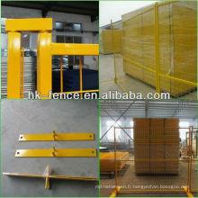 Les panneaux de clôture temporaires enduits de poudre de 6 pieds comprennent des connecteurs supérieurs et une base