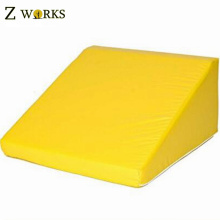 Ladrillos de inclinación de entrenamiento de haz de balanza interior de alta densidad de espuma de poliuretano para niños juguetes de área de juego suave