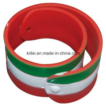 Customed Silicone Cheap Gift Party Fashion PVC Foodball Plastic Bracelet