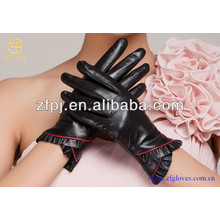 2016 Hot selling elegant fancy lady gloves