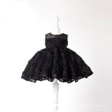 Robes de dentelle noire petite fille