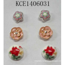 Lovely Set Flower Earrings with Metal