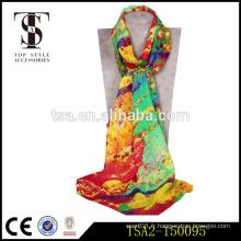 Prix d'usine éblouir couleur élégante impression numérique écharpe en soie pour un usage quotidien