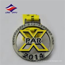 Antique color metal aponta as medalhas de prémios para esportes do aniversário